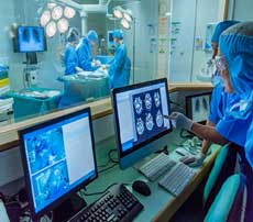 یو پی اس تجهیزات پزشکی ، شرکت رسام